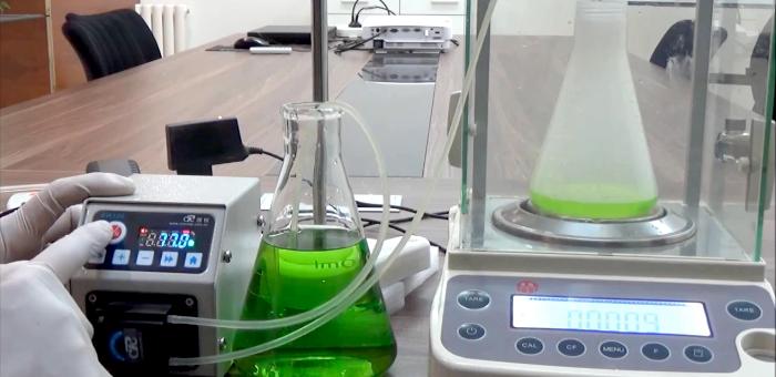 Перистальтический насос для лабораторного реактора